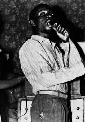 Count Machuki, el Yuri Gagarin de las rimas sobre ritmos