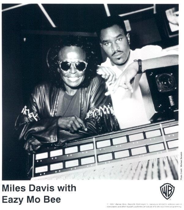 Miles Davis y Easy Mo Bee en el estudio