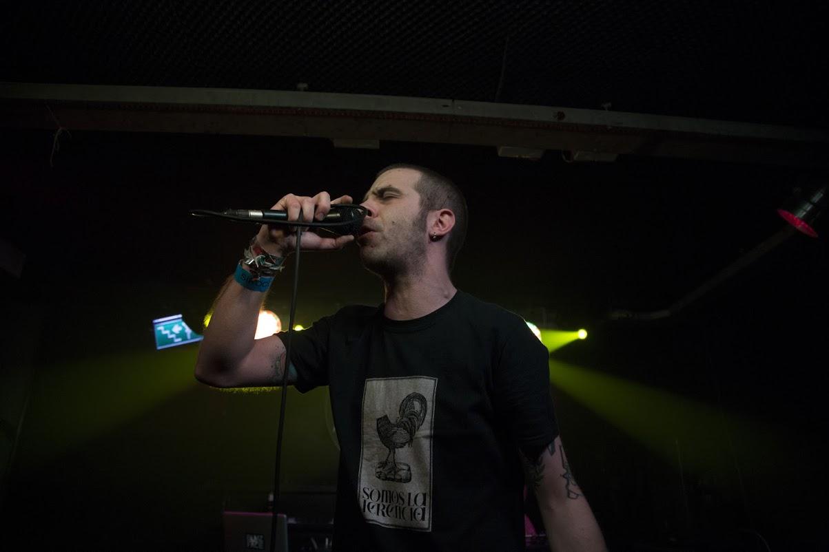 Miguel Grimaldo en la Sala Siroco, durante la presentación de El Factor Humano de Elsso Rodríguez